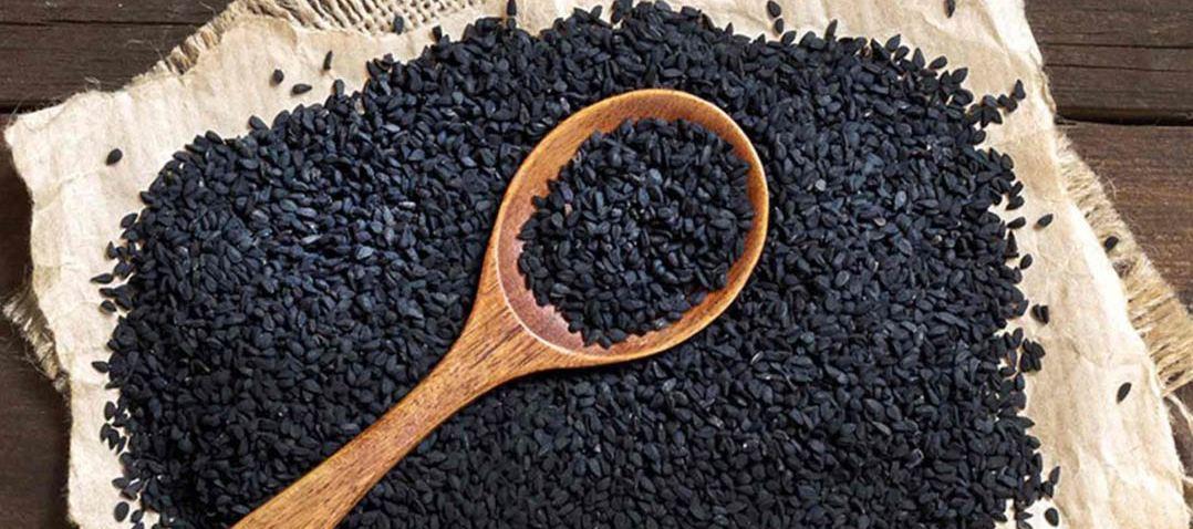 Много семян целебного чёрного тмина