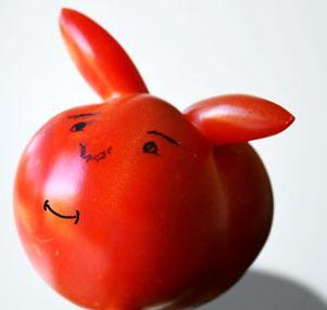 Смешной помидор